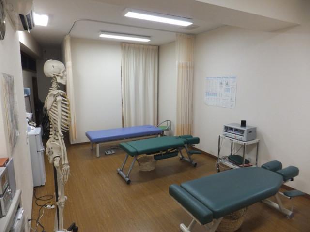 広い治療室があなた一人のためにあります。